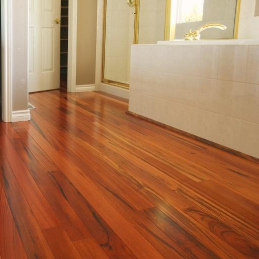 tijger houten vloer
